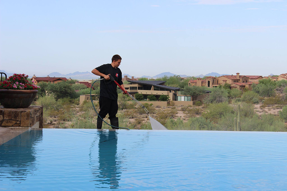pool_deck_cleaning_in_phoenix